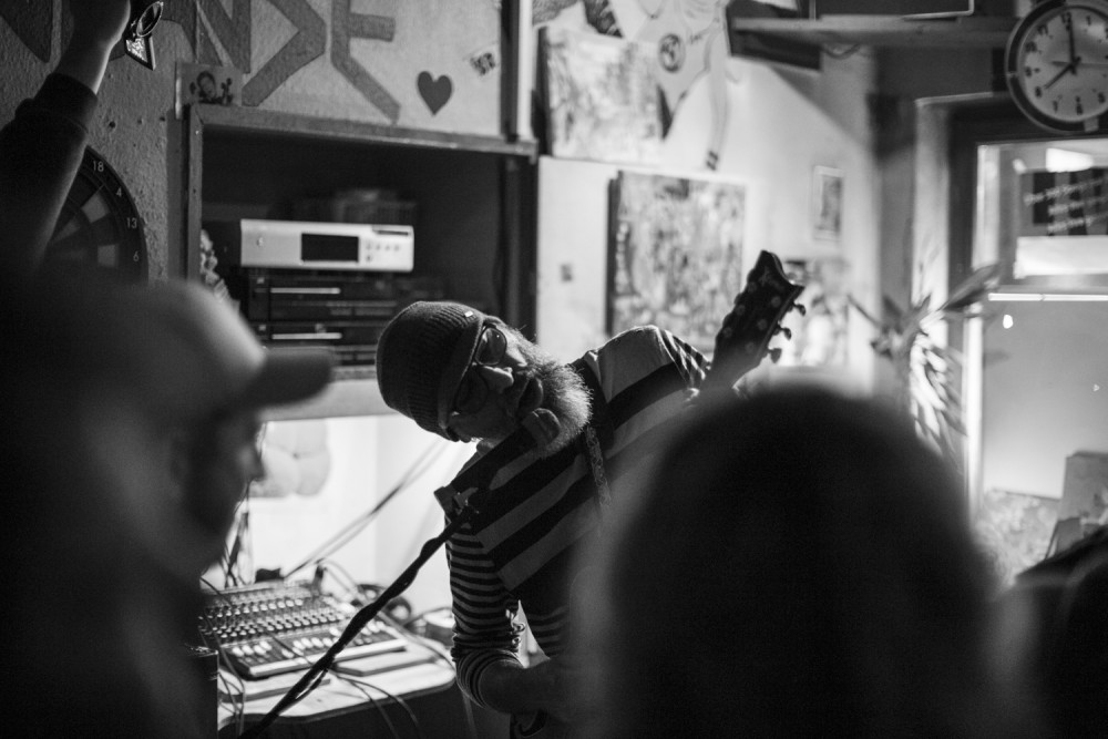 thehands_lame_limba_122015_017sm
